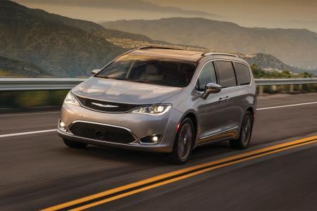 Chrysler Dealership Columbus Ohio >> Used Car Dealership Performance Cjdr Georgesville